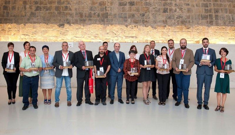 El Gobierno de Navarra reconoce el esfuerzo del trabajo autónomo en la I Feria del sector